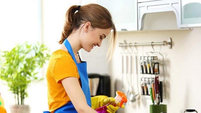 Khi tuyển người giúp việc, chủ nhà cần chú ý để tuyển được người trung thực, gọn gàng, trách nhiệm và sạch sẽ.