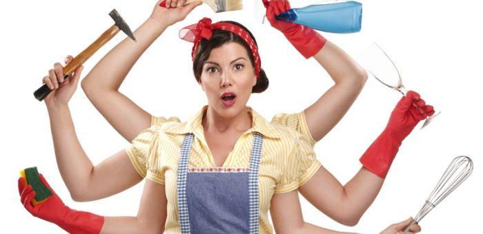 Công việc hàng ngày của người giúp việc hầu hết là công việc chân tay, không đòi hỏi nhiều về bằng cấp và chuyên môn.