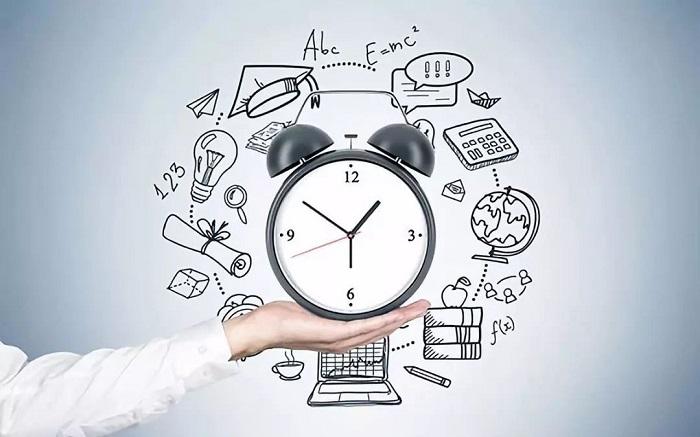 Thuê người giúp việc qua trung tâm sẽ giúp bạn tiết kiệm được nhiều thời gian và công sức tìm kiếm hơn.
