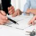 Đọc kỹ và bổ sung các điều khoản cần thiết trước khi ký để đảm bảo quyền lợi cho cả hai bên.